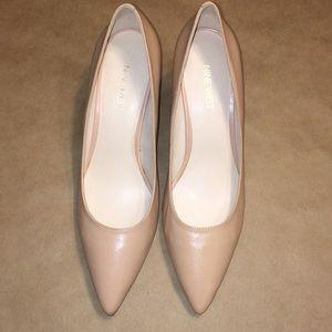 Nine West heels size 8 1/2Med